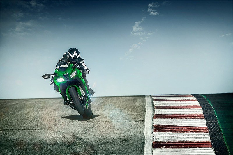 2019 Kawasaki Ninja ZX-10RR in North Mankato, Minnesota - Photo 4