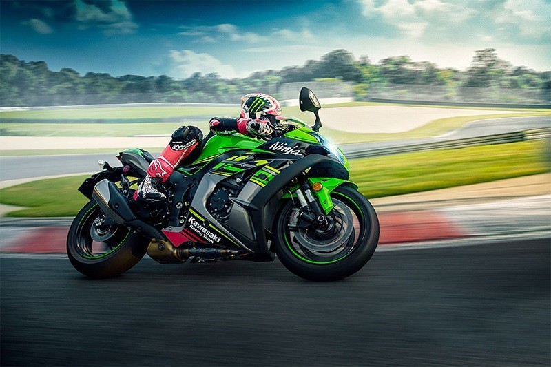 2019 Kawasaki Ninja ZX-10R KRT Edition in White Plains, New York - Photo 6