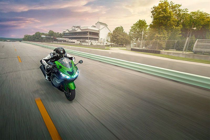 2019 Kawasaki Ninja ZX-14R in Highland, Illinois