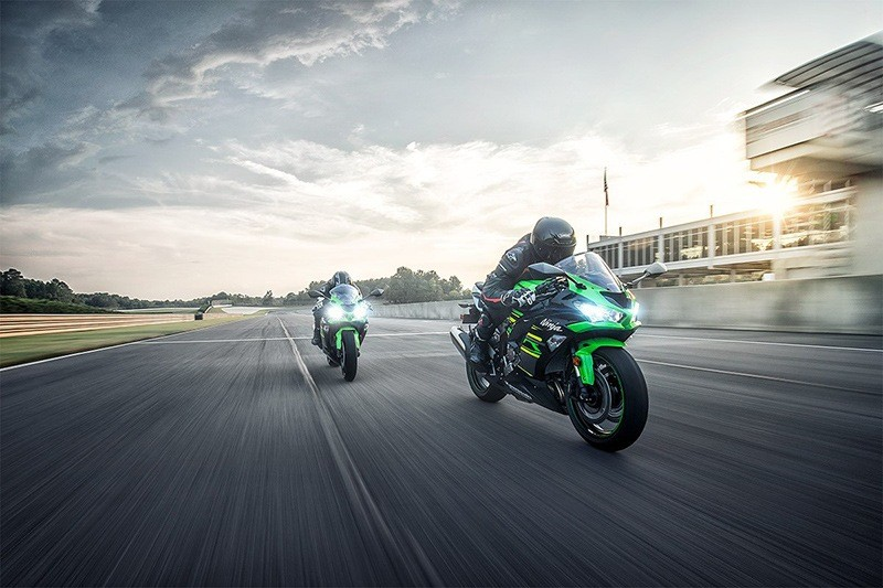 2019 Kawasaki Ninja ZX-6R ABS KRT Edition in White Plains, New York - Photo 6