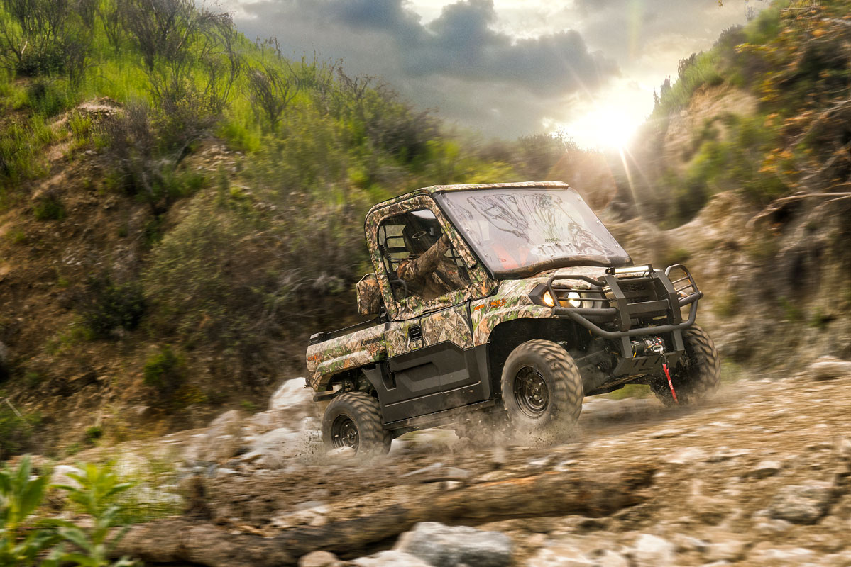2019 Kawasaki Mule PRO-MX EPS Camo in Mount Pleasant, Michigan
