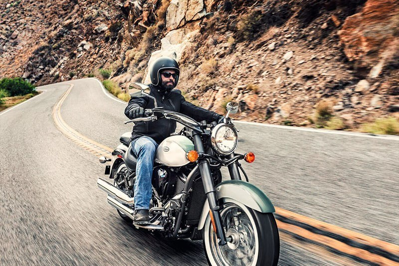 2020 Kawasaki Vulcan 900 Classic in Bellevue, Washington - Photo 4