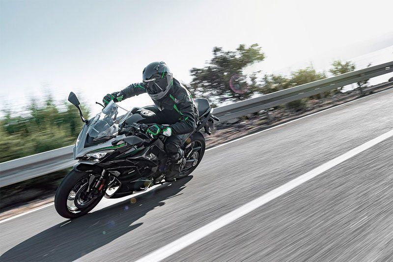 2020 Kawasaki Ninja 1000SX in Iowa City, Iowa - Photo 6