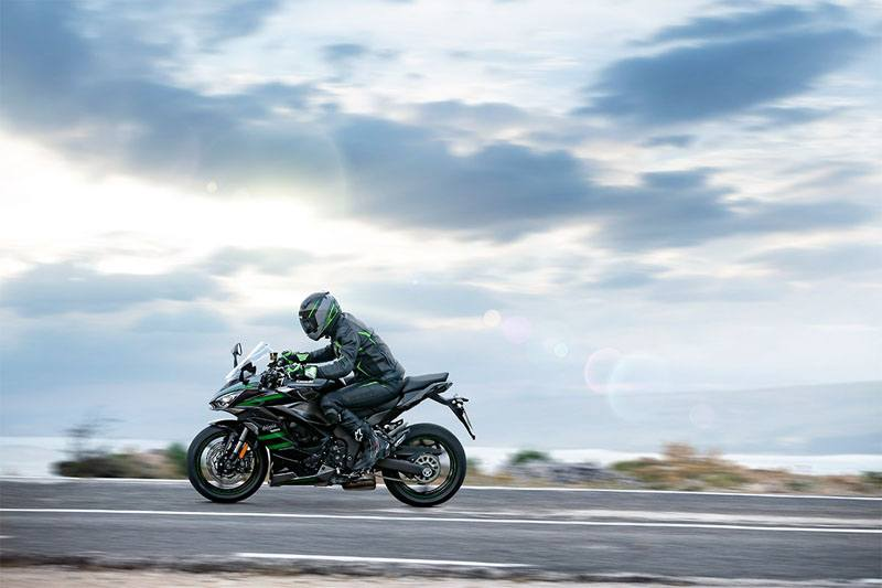 2020 Kawasaki Ninja 1000SX in Iowa City, Iowa - Photo 14