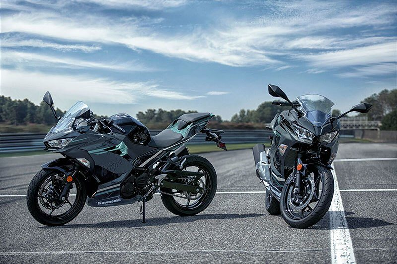 2020 Kawasaki Ninja 400 ABS in Waterbury, Connecticut - Photo 8