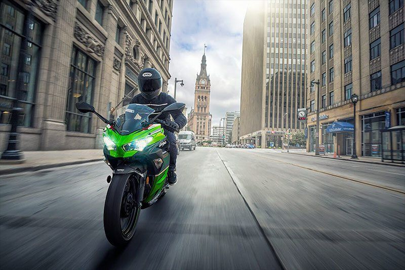 2020 Kawasaki Ninja 400 ABS KRT Edition in Cambridge, Ohio - Photo 6