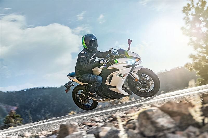 2020 Kawasaki Ninja 650 ABS in Bennington, Vermont - Photo 12