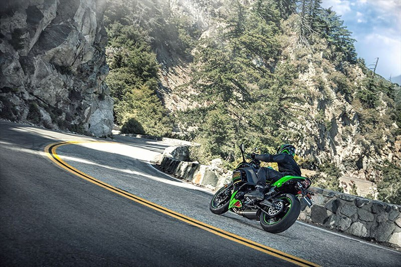 2020 Kawasaki Ninja 650 KRT Edition in Oak Creek, Wisconsin - Photo 17
