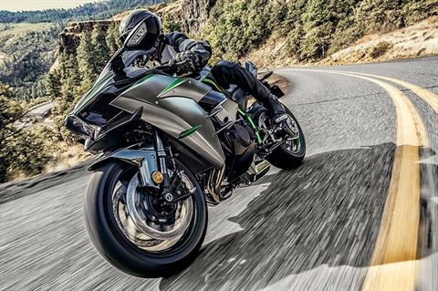 2020 Kawasaki Ninja H2 Carbon in Orange, California - Photo 4