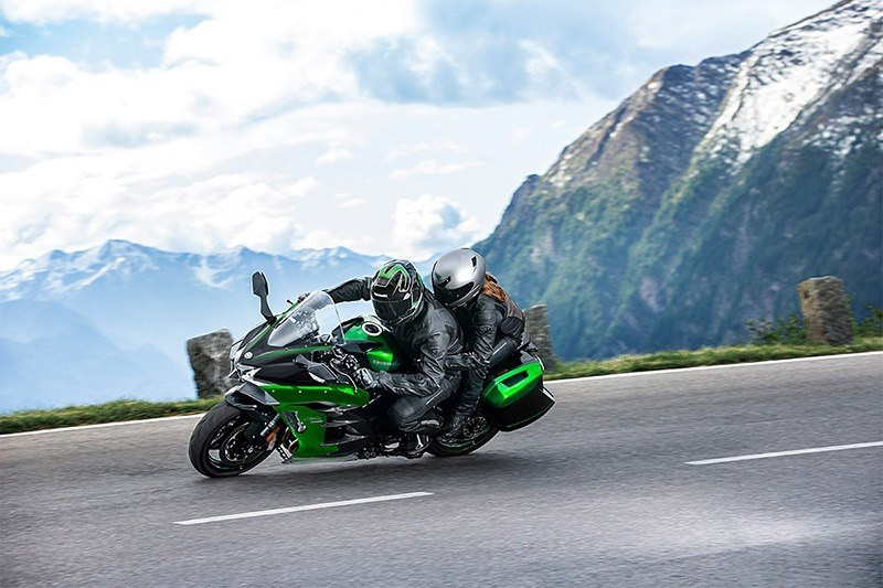 2020 Kawasaki Ninja H2 SX SE+ in Woodstock, Illinois - Photo 6