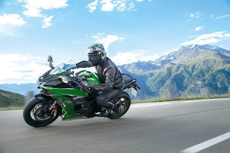 2020 Kawasaki Ninja H2 SX SE+ in Barre, Massachusetts - Photo 8