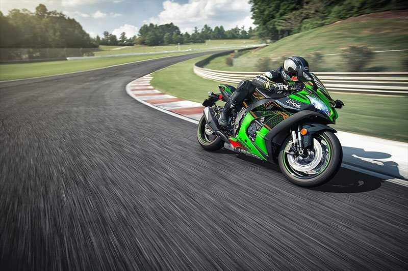 2020 Kawasaki Ninja ZX-10R KRT Edition in White Plains, New York - Photo 12