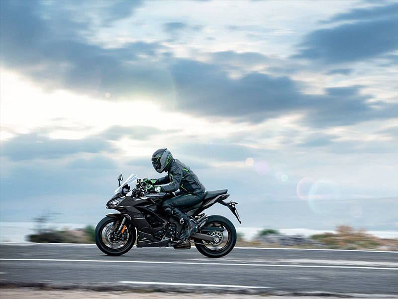 2021 Kawasaki Ninja 1000SX in Fort Pierce, Florida - Photo 5
