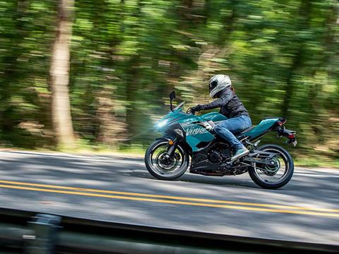 2021 Kawasaki Ninja 400 ABS in Bennington, Vermont - Photo 4