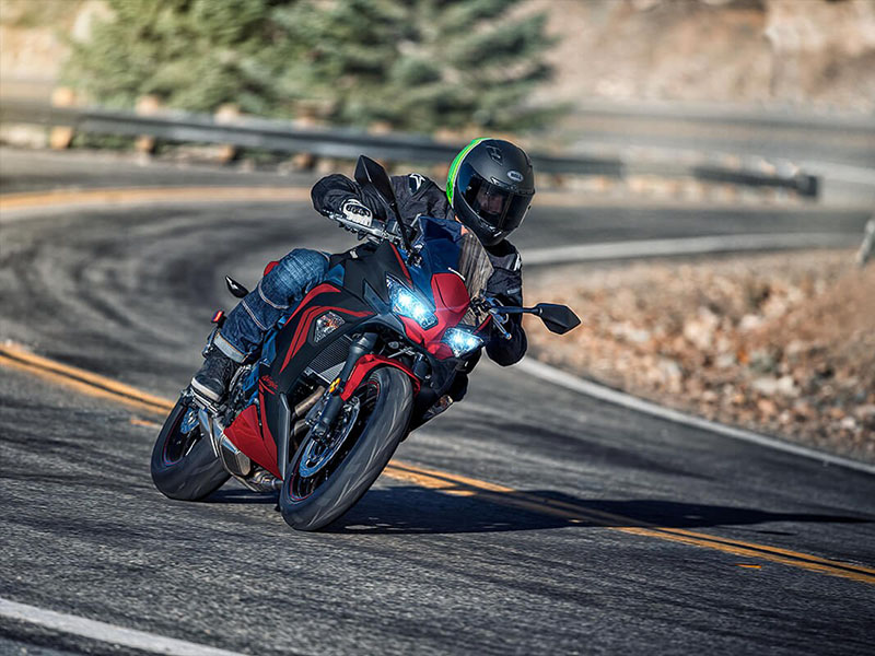 2021 Kawasaki Ninja 650 ABS in O Fallon, Illinois - Photo 6