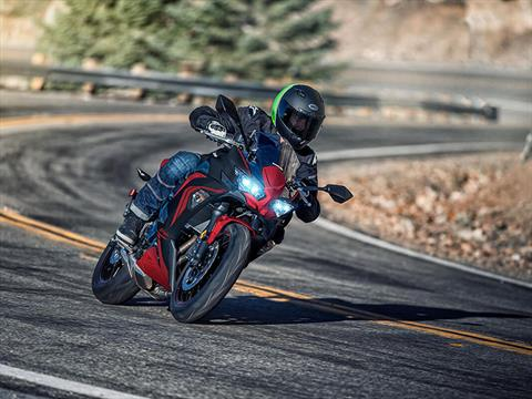 2021 Kawasaki Ninja 650 ABS in Mount Pleasant, Michigan - Photo 6