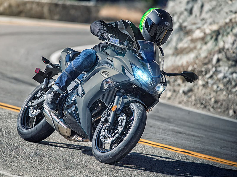 2021 Kawasaki Ninja 650 ABS in Mount Pleasant, Michigan - Photo 9