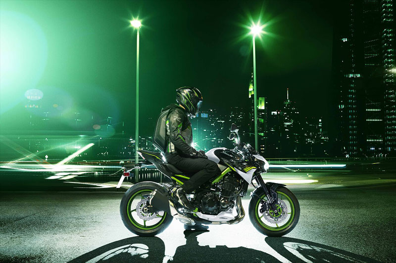 2021 Kawasaki Z900 ABS in Oak Creek, Wisconsin - Photo 11
