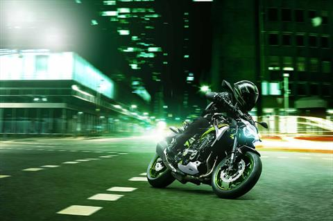 2021 Kawasaki Z900 ABS in Waterbury, Connecticut - Photo 9