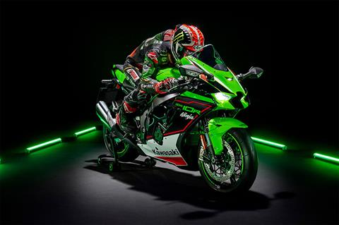 2021 Kawasaki Ninja ZX-10R KRT Edition in Harrisburg, Pennsylvania - Photo 12