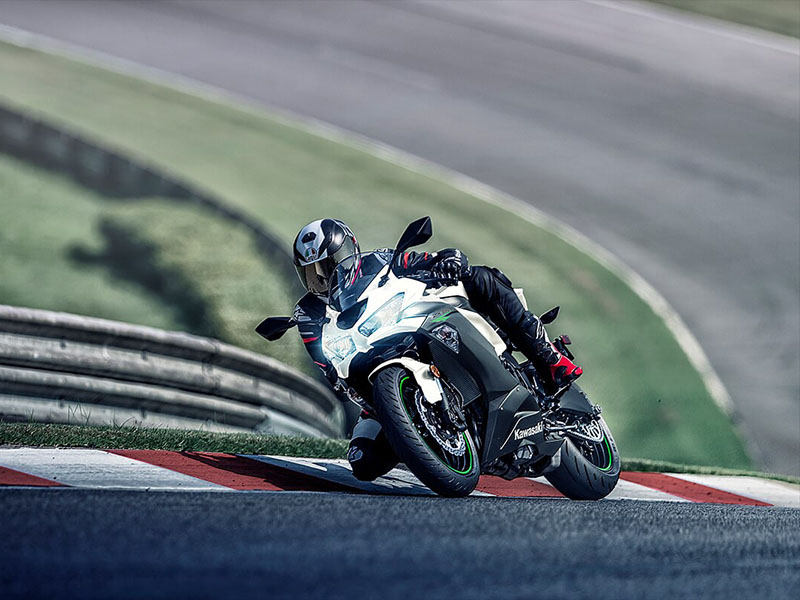 2021 Kawasaki Ninja ZX-6R in Brilliant, Ohio - Photo 7