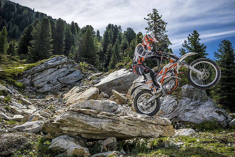 2015 KTM Free Ride 250 R in Sioux City, Iowa