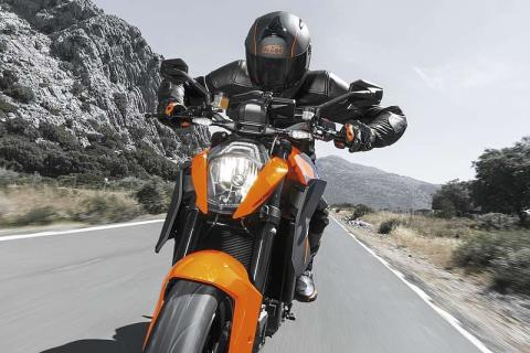 2015 KTM 1290 Super Duke R in Fredericksburg, Virginia