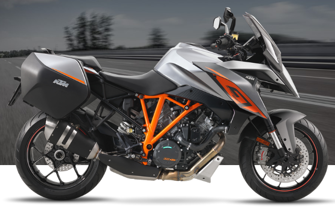 2017 KTM 1290 Super Duke GT in Rochester, Minnesota