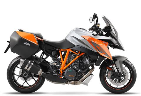 2017 KTM 1290 Super Duke GT in Bellevue, Washington - Photo 5