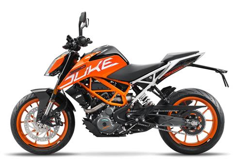 2017 KTM 390 Duke in Rochester, Minnesota