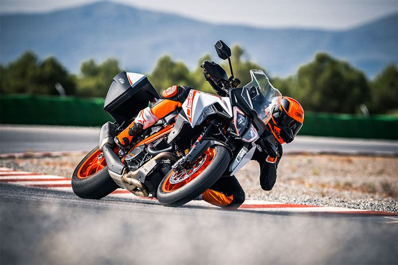 2019 KTM 1290 Super Duke GT in Paso Robles, California - Photo 4