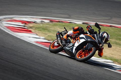 2019 KTM RC 390 in Fayetteville, Georgia - Photo 4