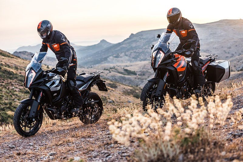2020 KTM 1290 Super Adventure S in Orange, California - Photo 5