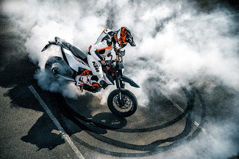 2020 KTM 690 SMC R in Goleta, California - Photo 2