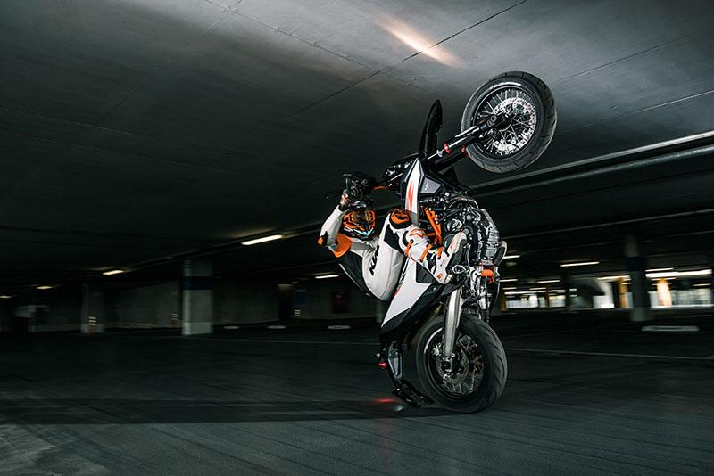 2020 KTM 690 SMC R in Bellingham, Washington - Photo 4