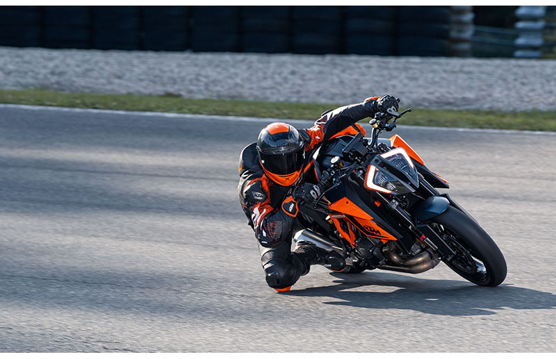 2021 KTM 1290 Super Duke R in Orange, California - Photo 9