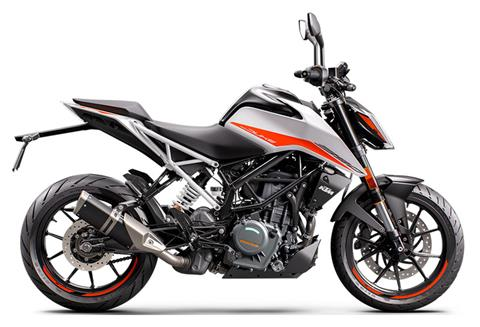 2021 KTM 390 Duke in Plymouth, Massachusetts