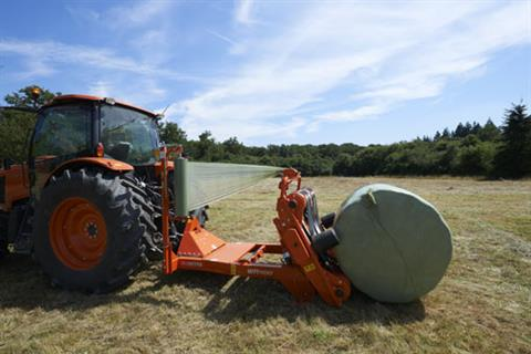 2017 Kubota Bale Wrapper (WR1100C) in Bolivar, Tennessee