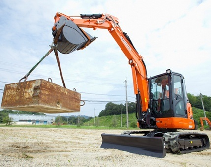 2017 Kubota Tight Tail Swing Compact Excavator with Angle Blad 4