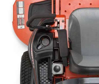 2017 Kubota Zero-Turn Mower (Z421KW-54) in Bolivar, Tennessee