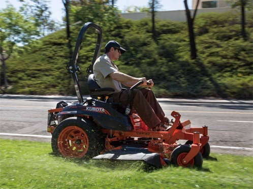 2017 Kubota Zero-Turn Mower (Z421KW-54) in Fairfield, Illinois