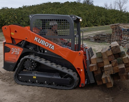 2017 Kubota Compact Track Loader (SVL75-2) in Columbia, South Carolina