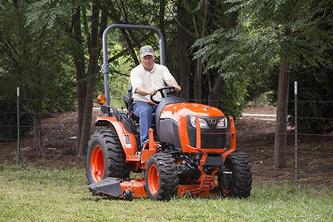 2017 Kubota Compact Tractor (B2601) in Bolivar, Tennessee
