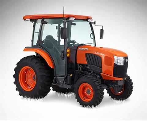 2017 Kubota Grand L60 HSTC Compact Tractor (L6060) in Bolivar, Tennessee