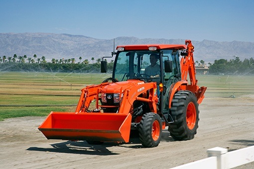 2017 Kubota Grand L60 HST Compact Tractor (L6060) in Beaver Dam, Wisconsin