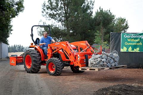 2017 Kubota Mid-Size Tractor with GDT 4WD (MX5200) in Beaver Dam, Wisconsin