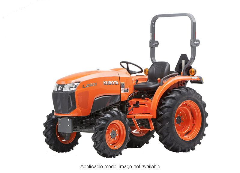 2018 Kubota Compact Tractor with GDT 4WD L3301 in Fairfield, Illinois