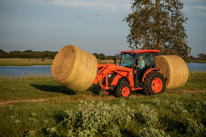 2019 Kubota MX5400 GDT 2WD in Beaver Dam, Wisconsin - Photo 7