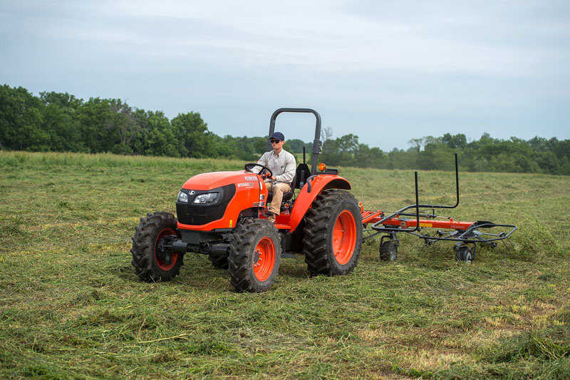 2021 Kubota M5660SUHD 4WD in Beaver Dam, Wisconsin - Photo 2