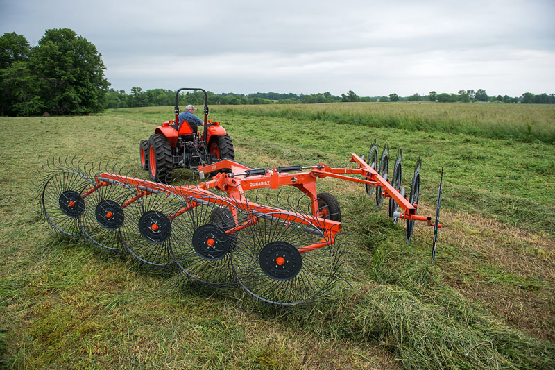 2021 Kubota M5660SUHD 4WD in Beaver Dam, Wisconsin - Photo 3